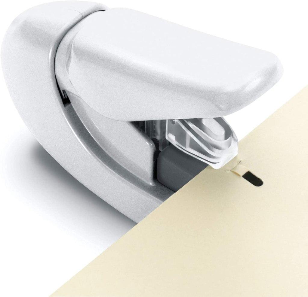 PLUS Store paper clincher