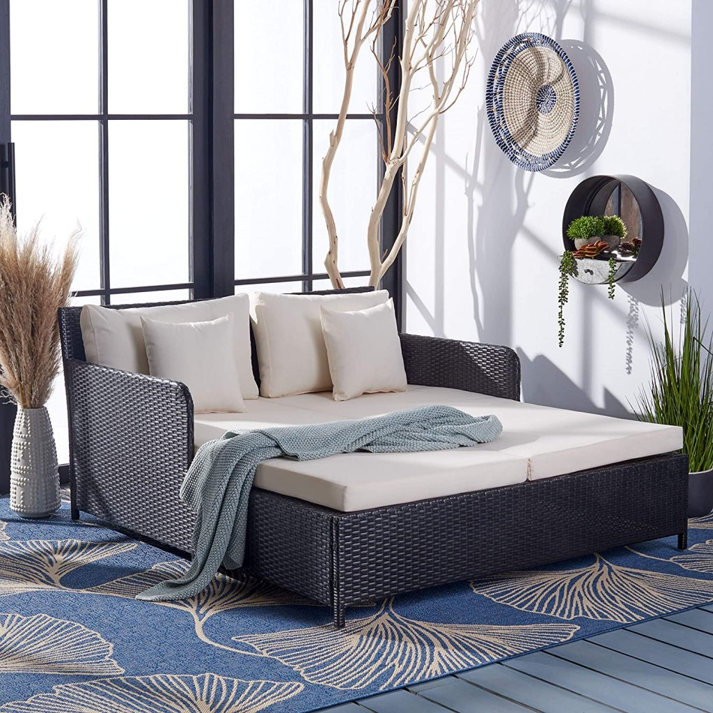safavieh daybed