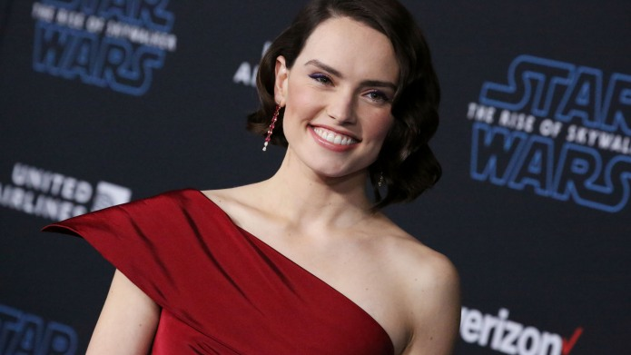 16 Things About Daisy Ridley You
