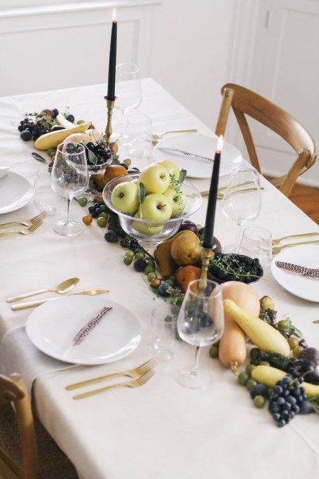 Fruit & Veggie Table Runner