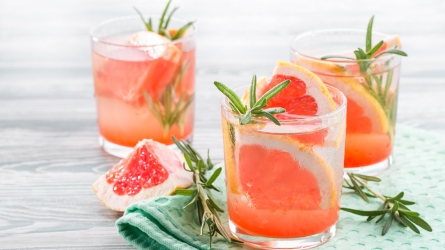 Easy, Festive Summer Cocktails for Getting