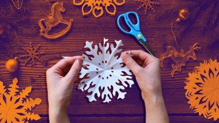 Snowflake paper crafts