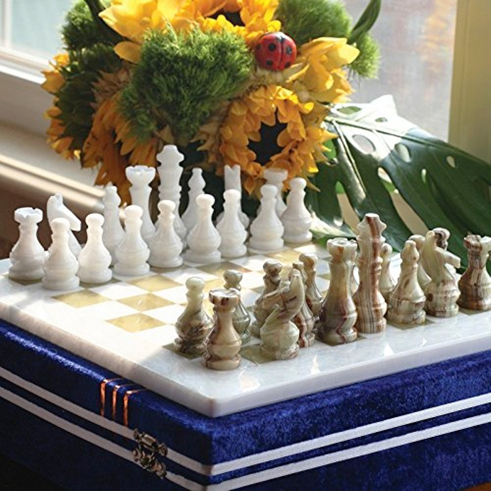Last minute gifts for guys: Chess set
