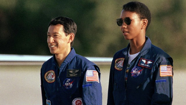 Mae Jemison arrives at Kennedy Space Center in Florida in 1992
