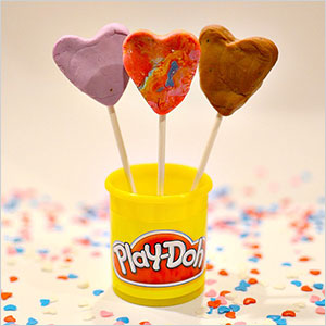 Play dough candy pops | Sheknows.com