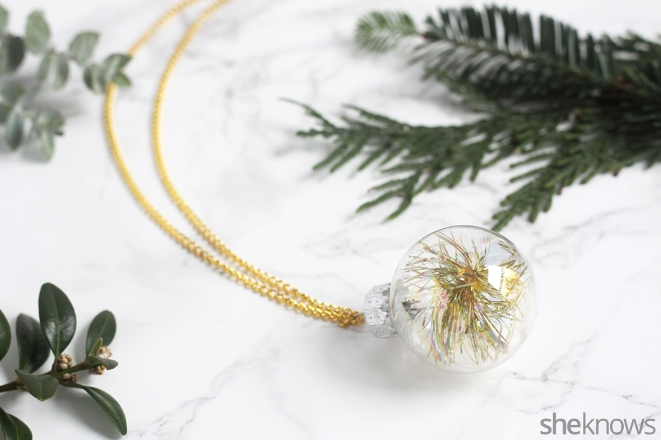 diy-mini-ornament-necklace-for-the-holidays: finished | Sheknows.com