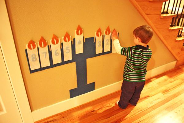 Felt wall menorah - Hanukkah crafts