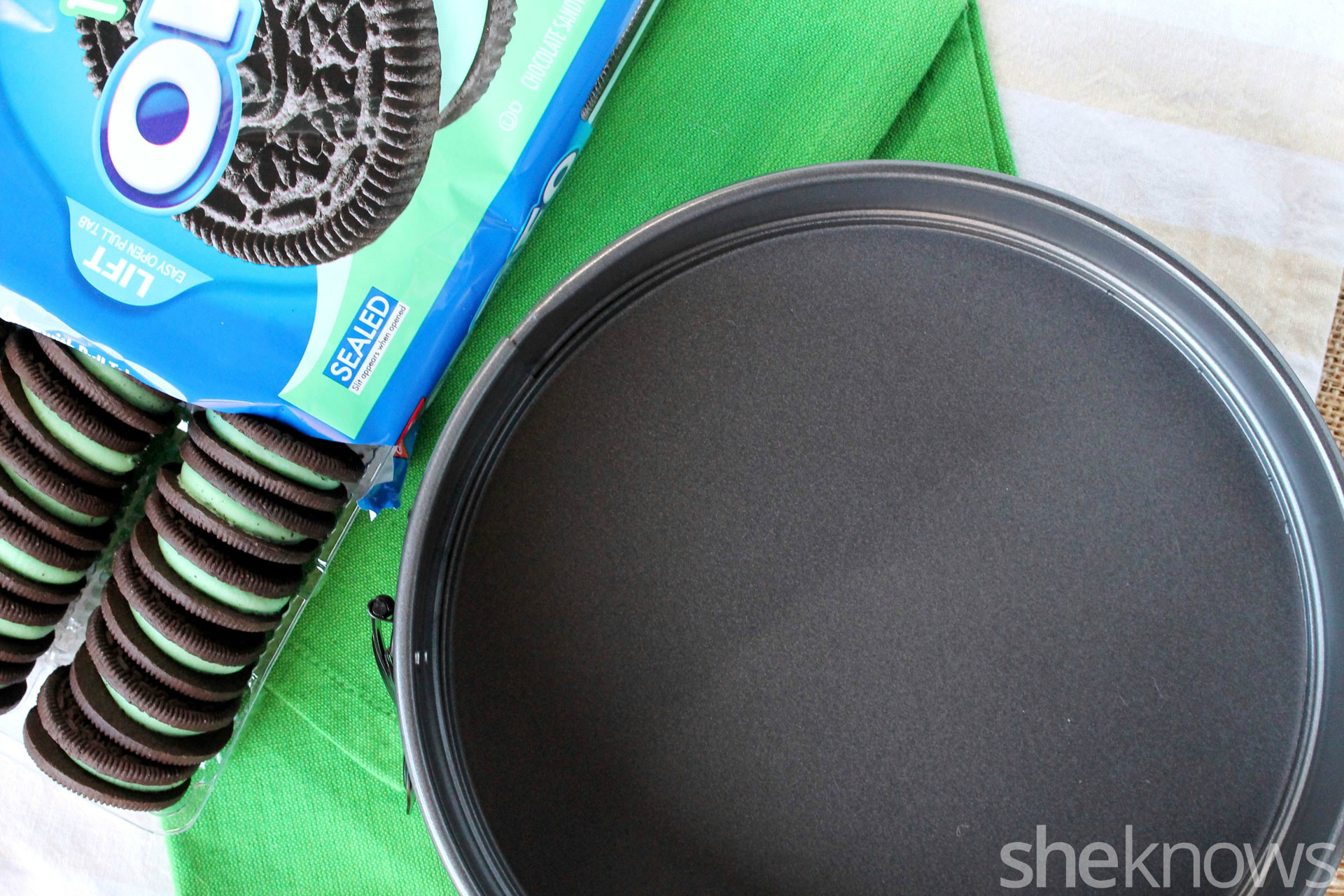 1 pan and cookies