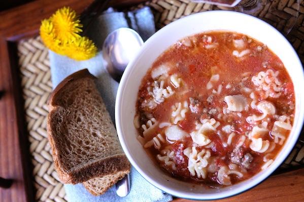 Tomato burger soup