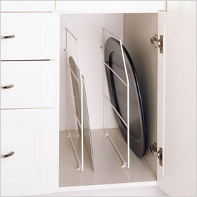 Vertical tray divider