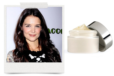 Katie Holmes puts placenta cream on her face