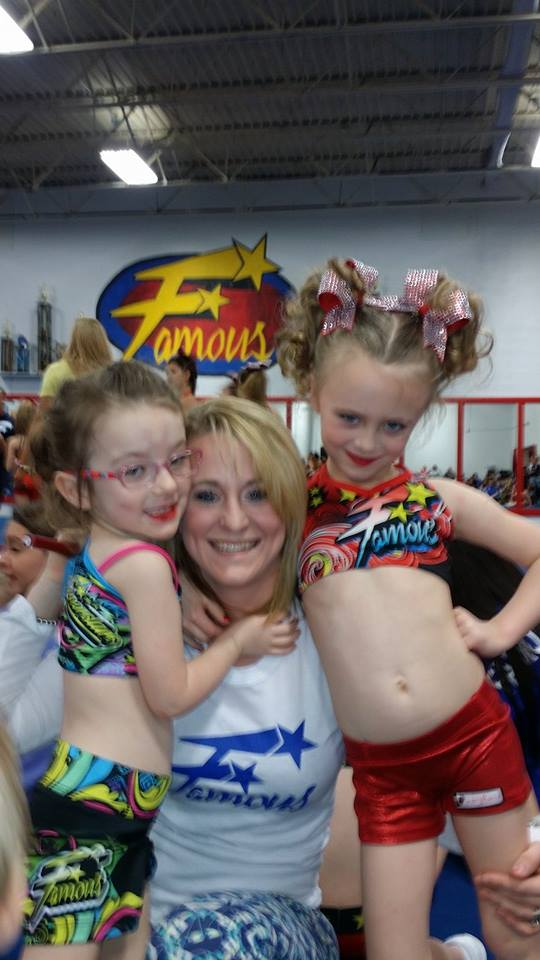 Leah Messer-Calvert and daughters