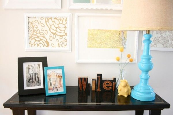 Gold Sharpie table edging