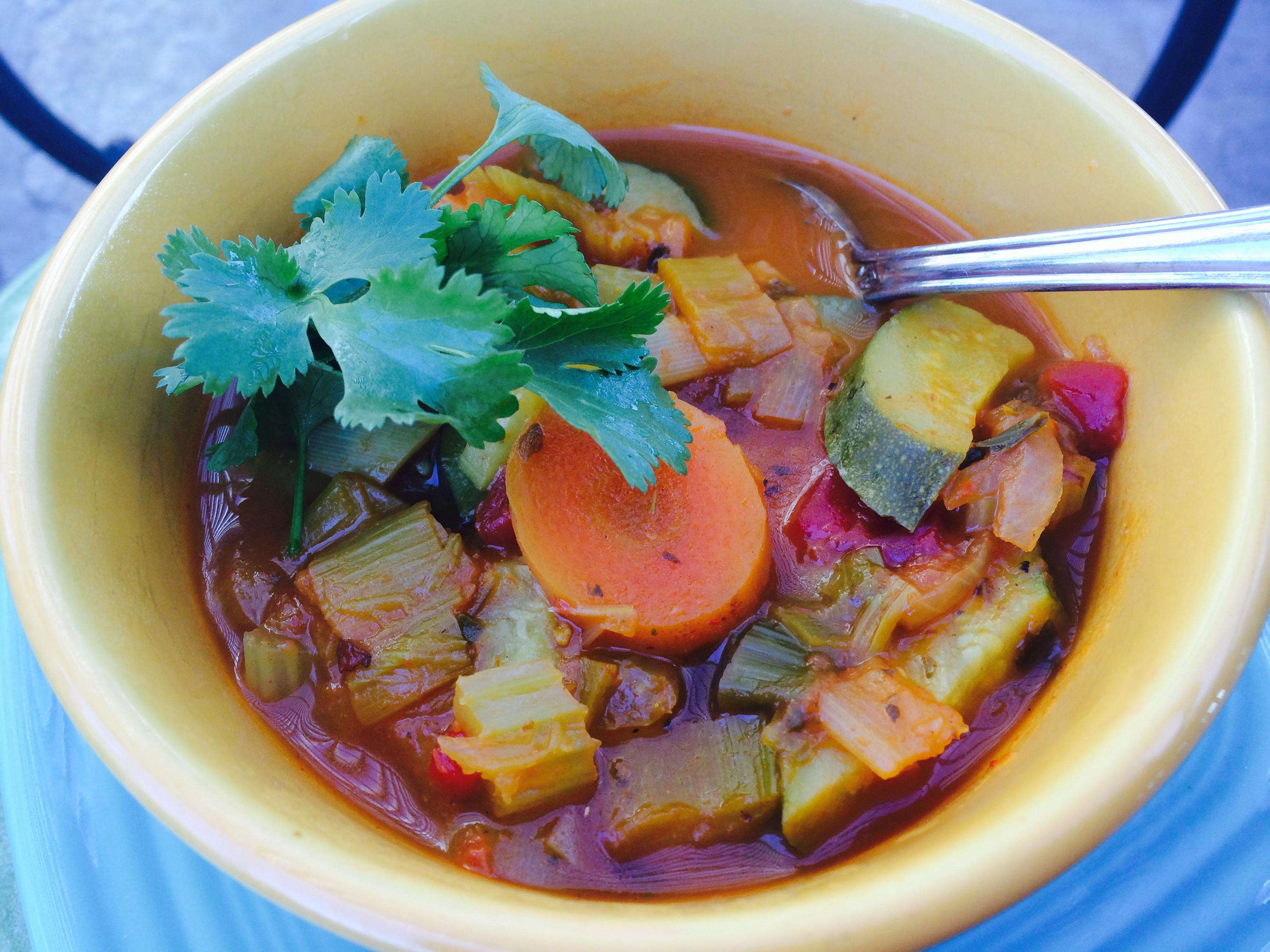 Curried leek and vegetable soup