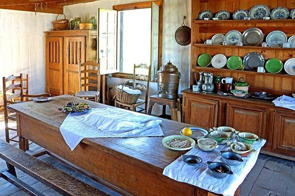 Fall country kitchen