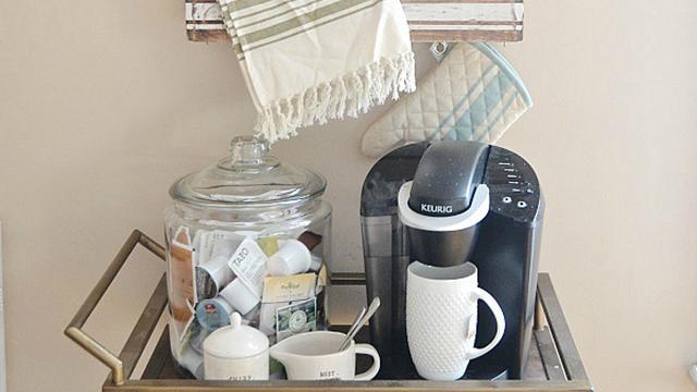Coffee and tea cart