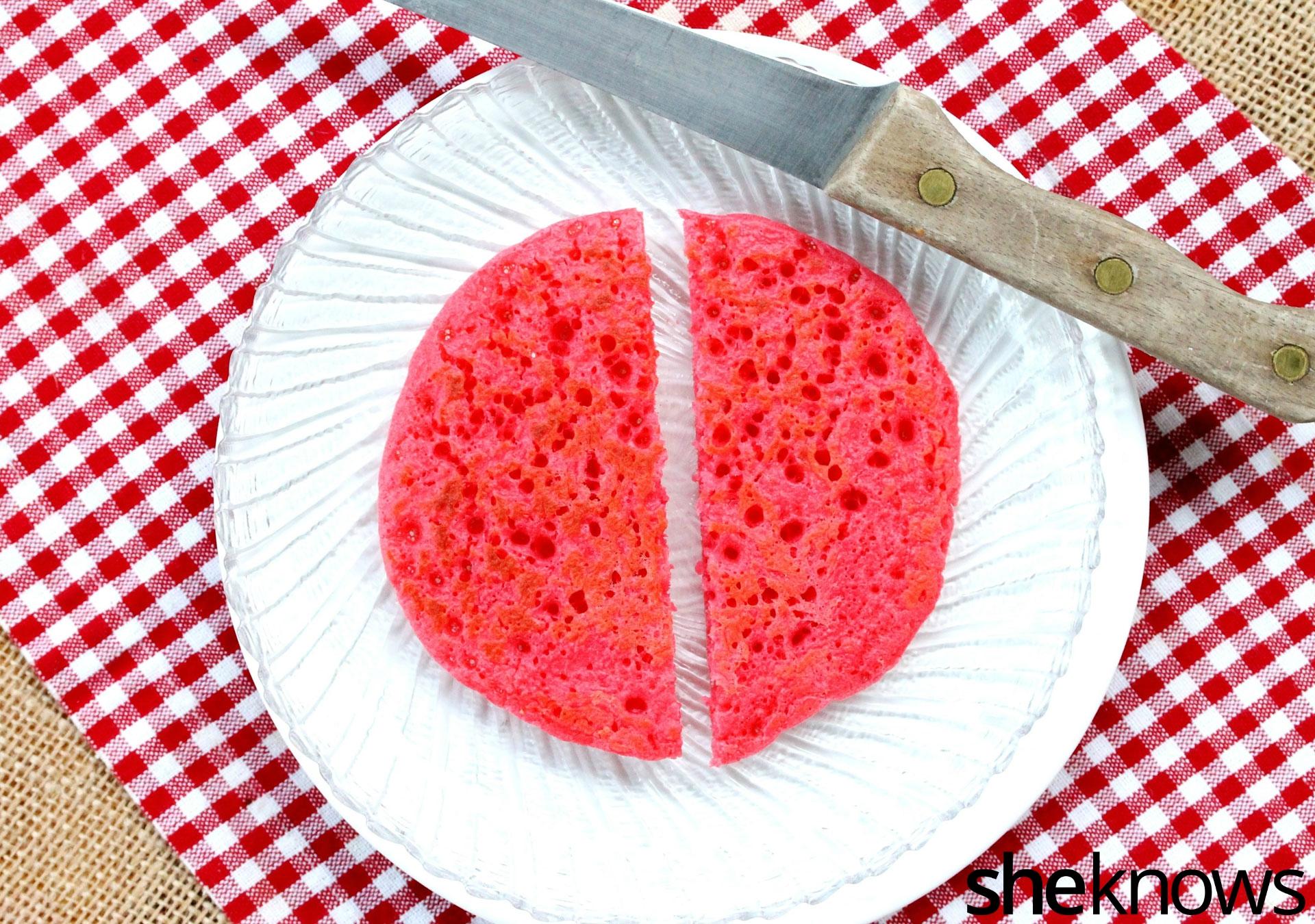 make-ladybug-pancake