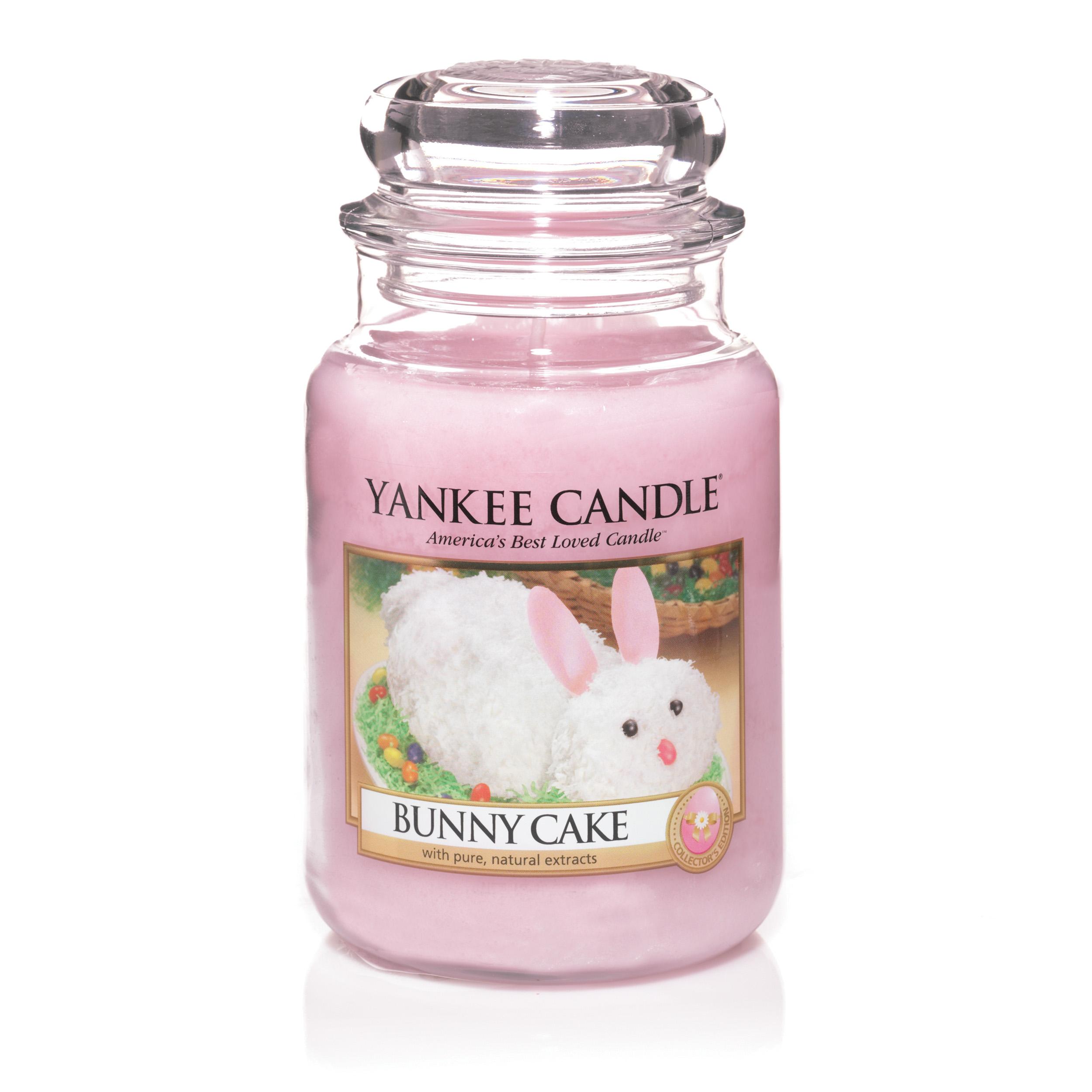 Yankee Bunny Cake candle