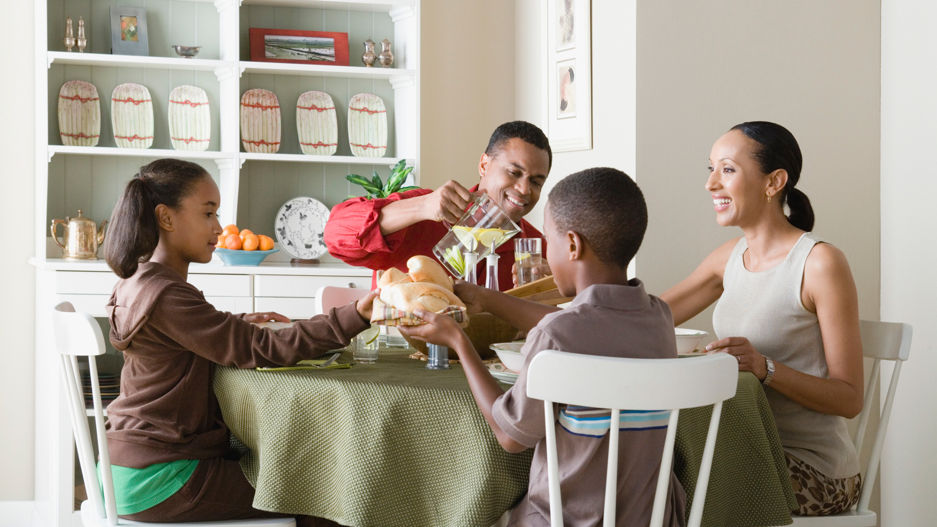 6 ways you can carve out time for a meal