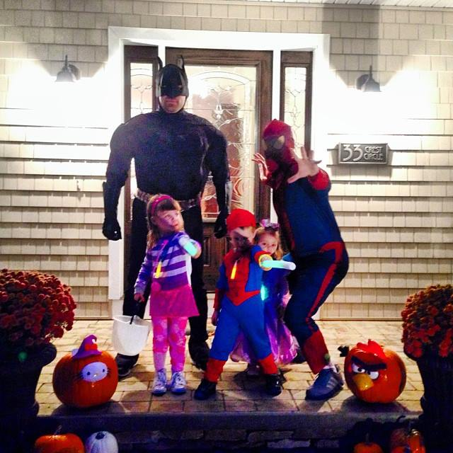 Dads don't let you trick or treat without supervision | Sheknows.com