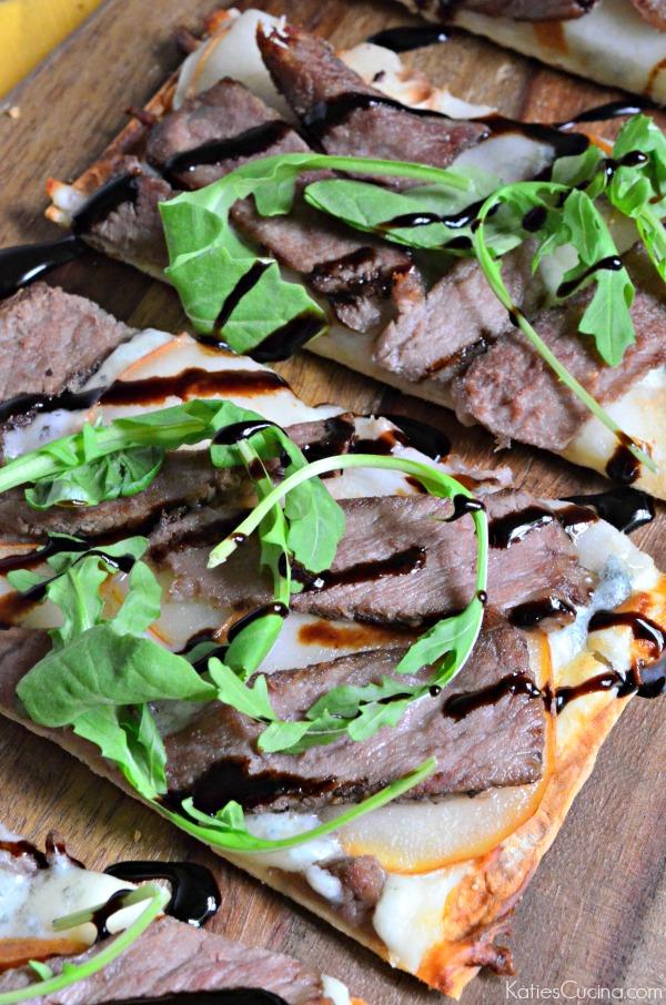 Steak pear and gorgonzola flatbread