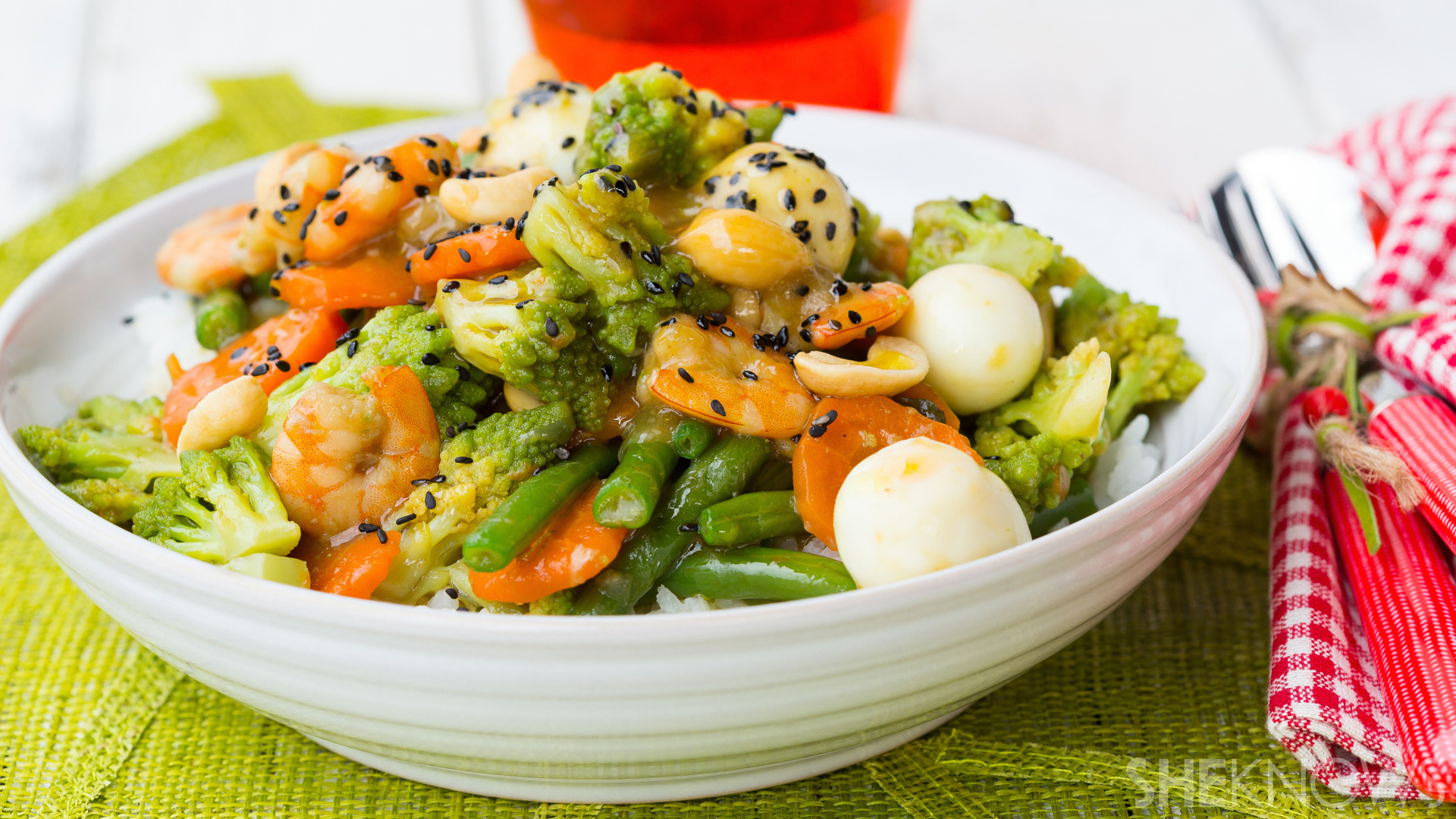 Vegetable stir-fry in oyster sauce with shrimp, quail eggs & cashew recipe