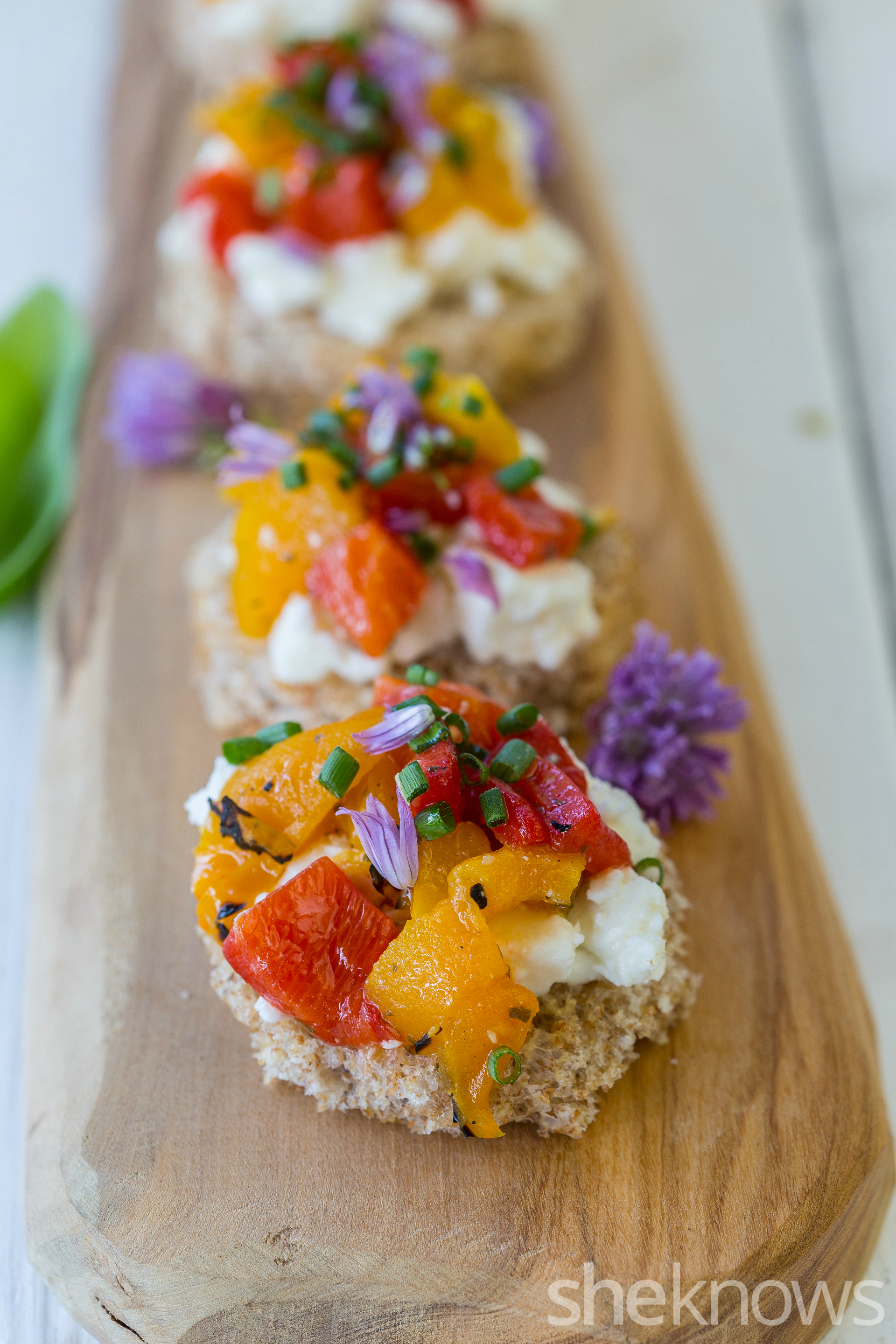 Feta, roasted peppers & chive tea sandwich