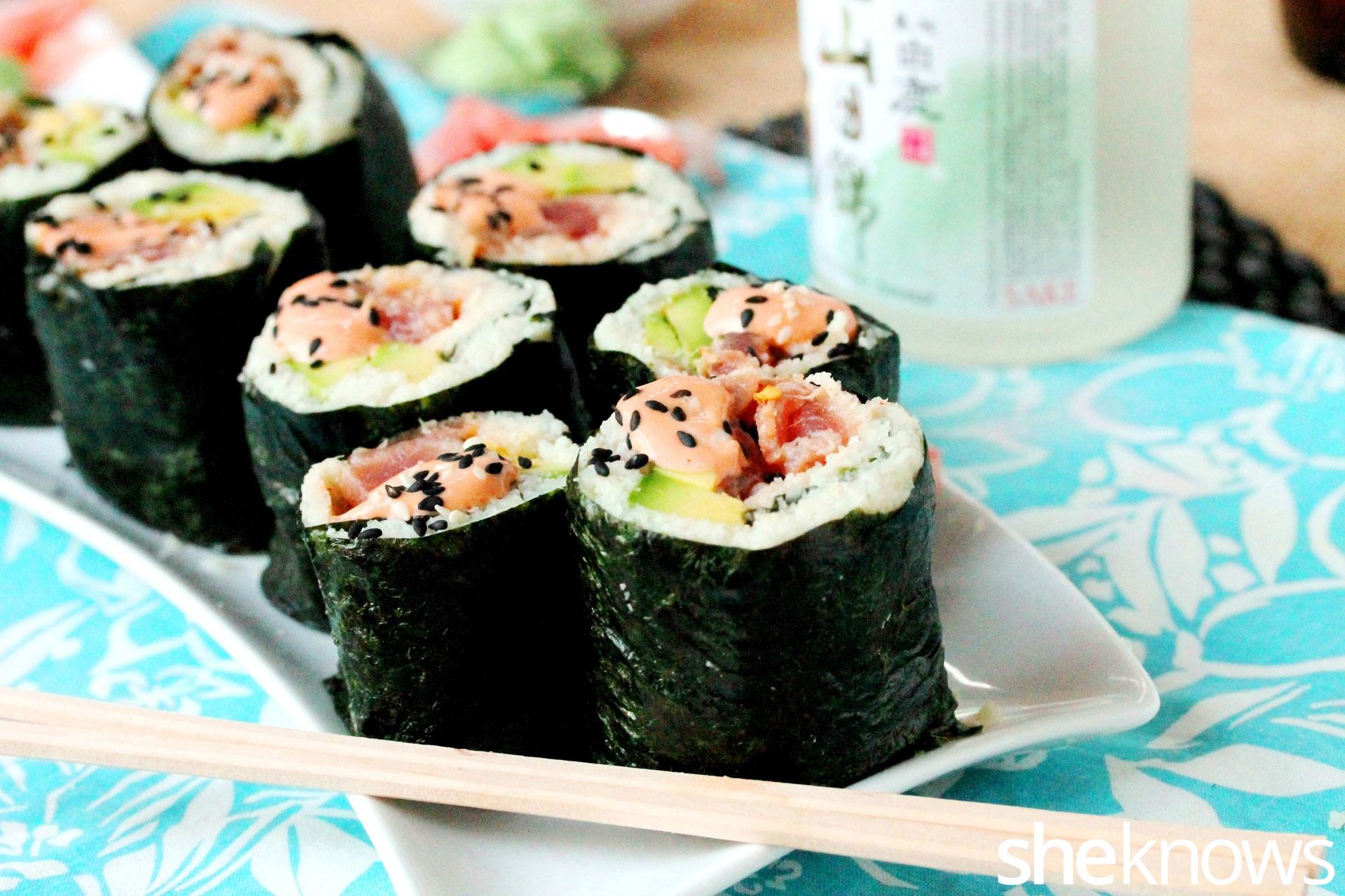 Paleo-spicy-tuna-sushi-rolls