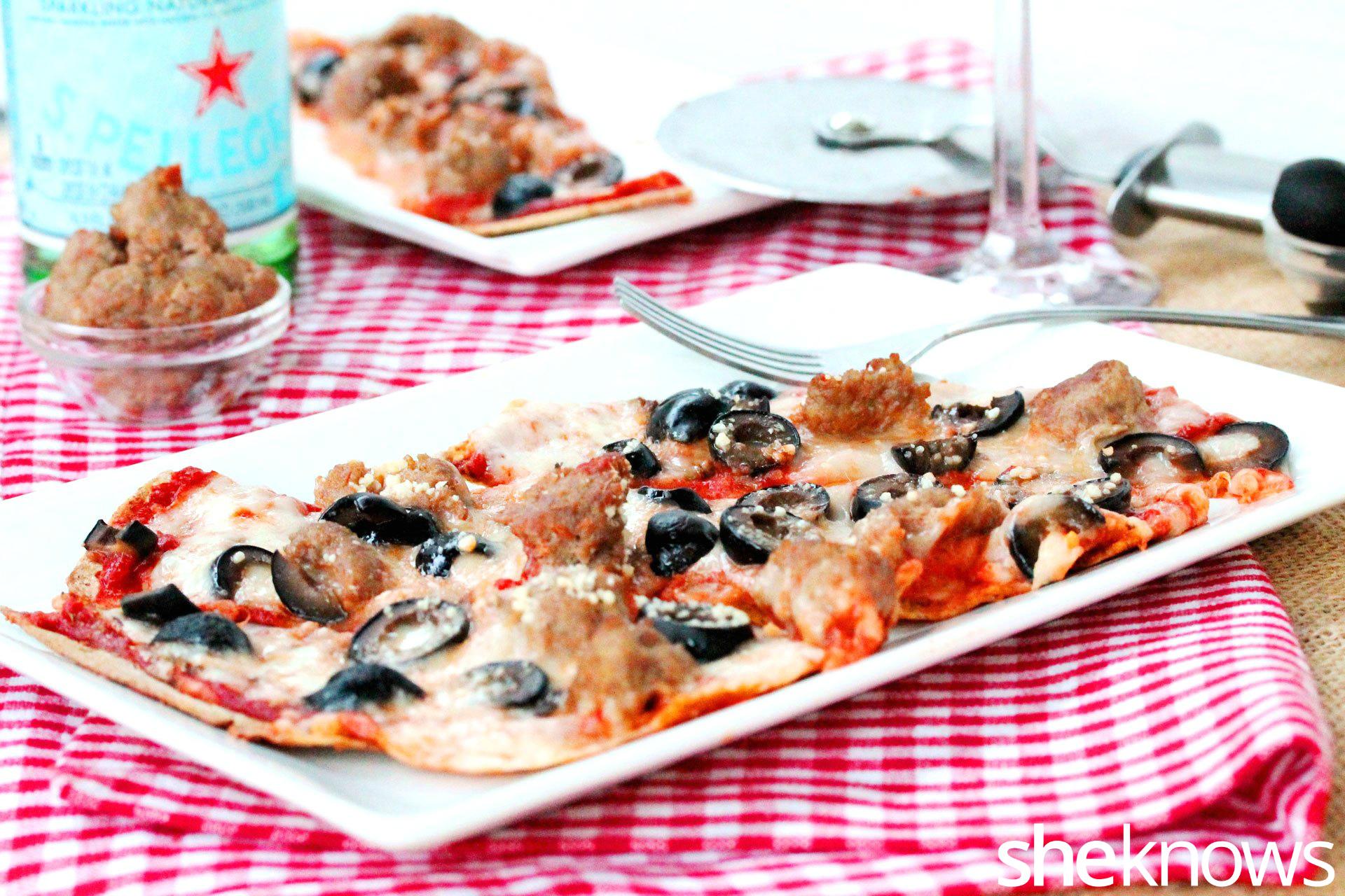 2 flatbread pizza