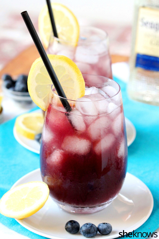 lemon-blueberry-aqua-fresca-in-glass