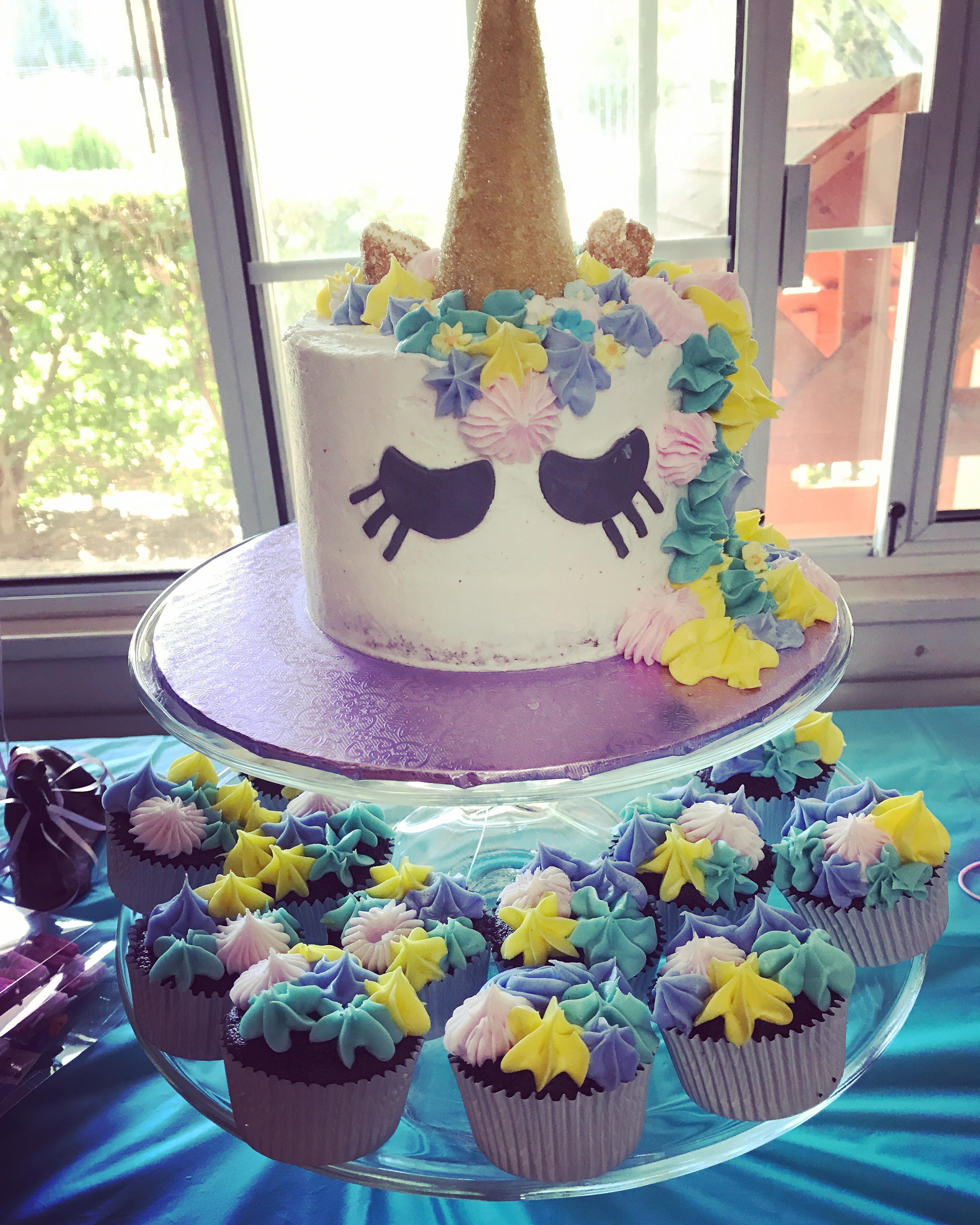 Trendy Birthday Cakes from Instagram | Unicorn Magic