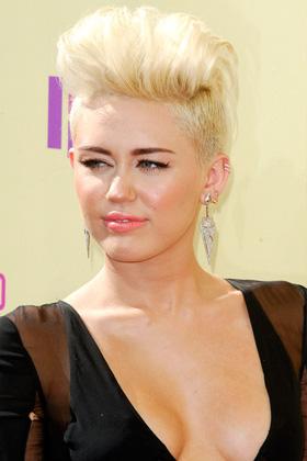 Miley Cyrus at 2012 VMA