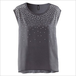 Gray shirt with metallic accents