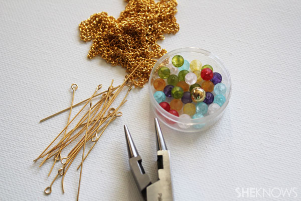 15-Minute DIY rainbow necklace for St. Patrick's Day: Supplies