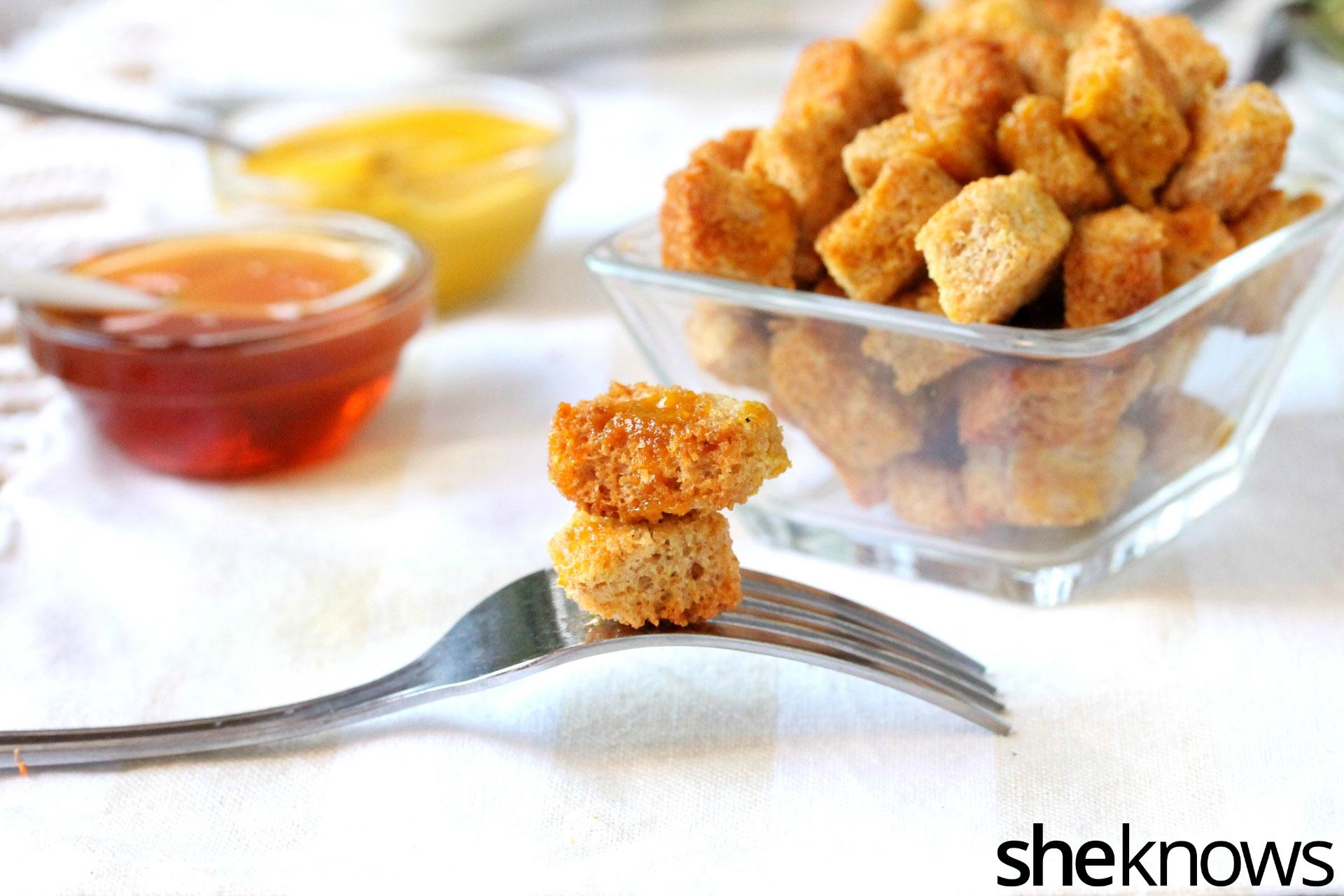 honey-mustard-crouton-on-fork