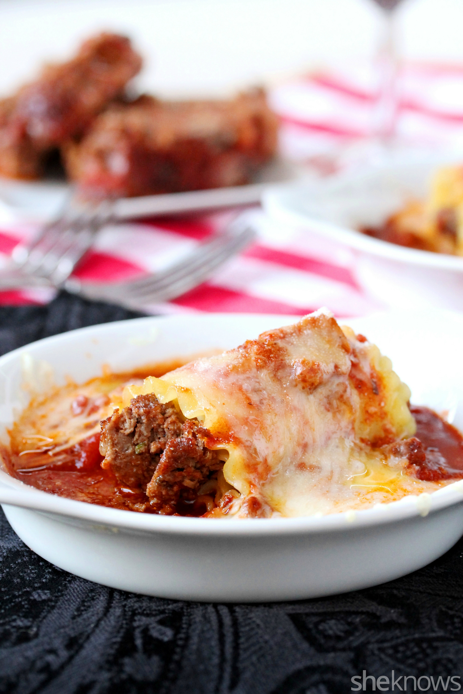 meatloaf lasagna noodle with sauce