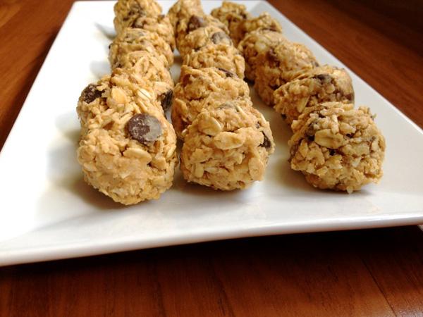 No-Bake Peanut Butter Coconut Energy Balls