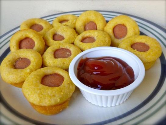 Skinny minny corn dog muffins