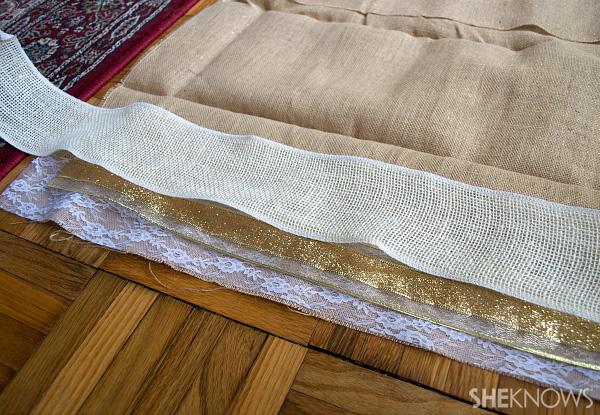 DIY burlap, ribbon & lace garland | Sheknows.com --cut the material