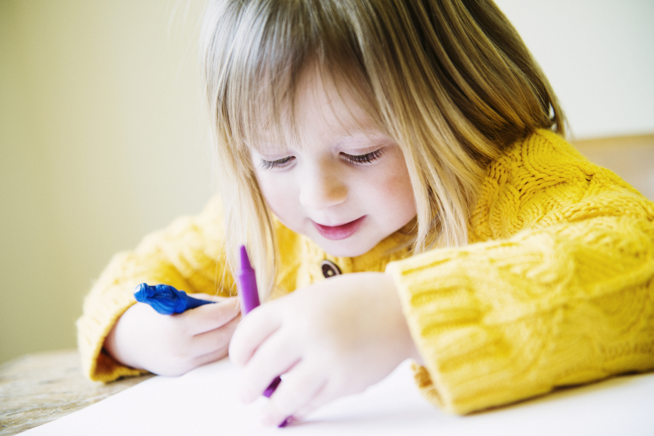 kid coloring table