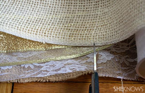 DIY burlap, ribbon & lace garland | Sheknows.com -- cut the material