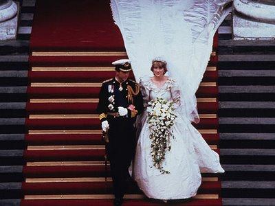 Princess Diana's iconic fashions