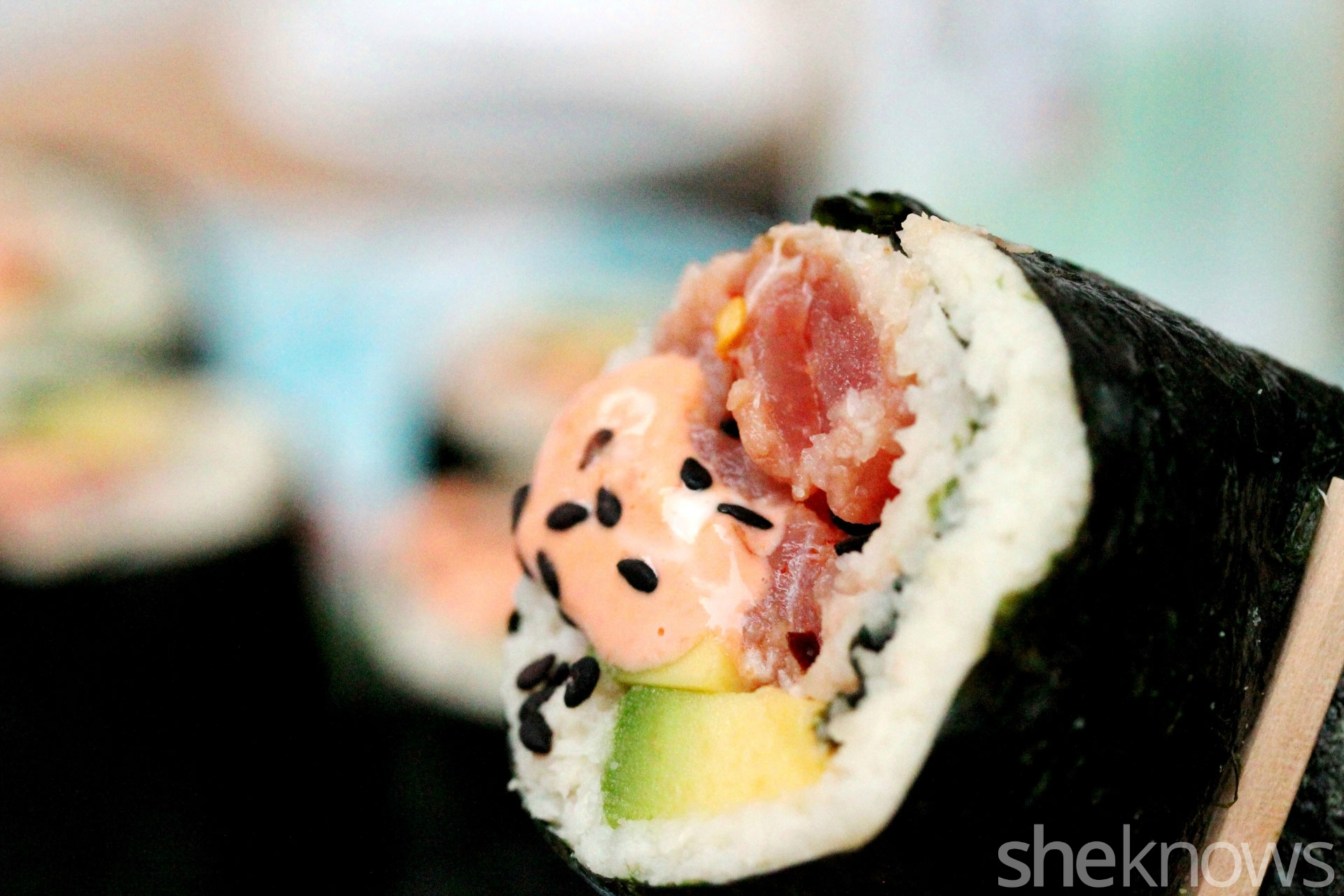 Bite-of-paleo-spicy-tuna-sushi
