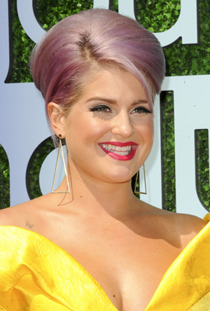 Kelly Osbourne's pastel hair