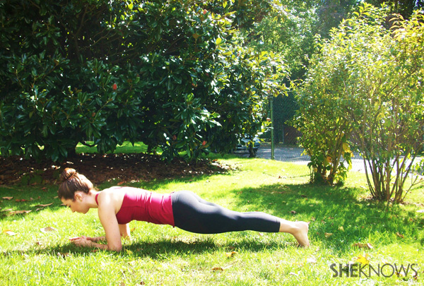 Forearm plank for toning