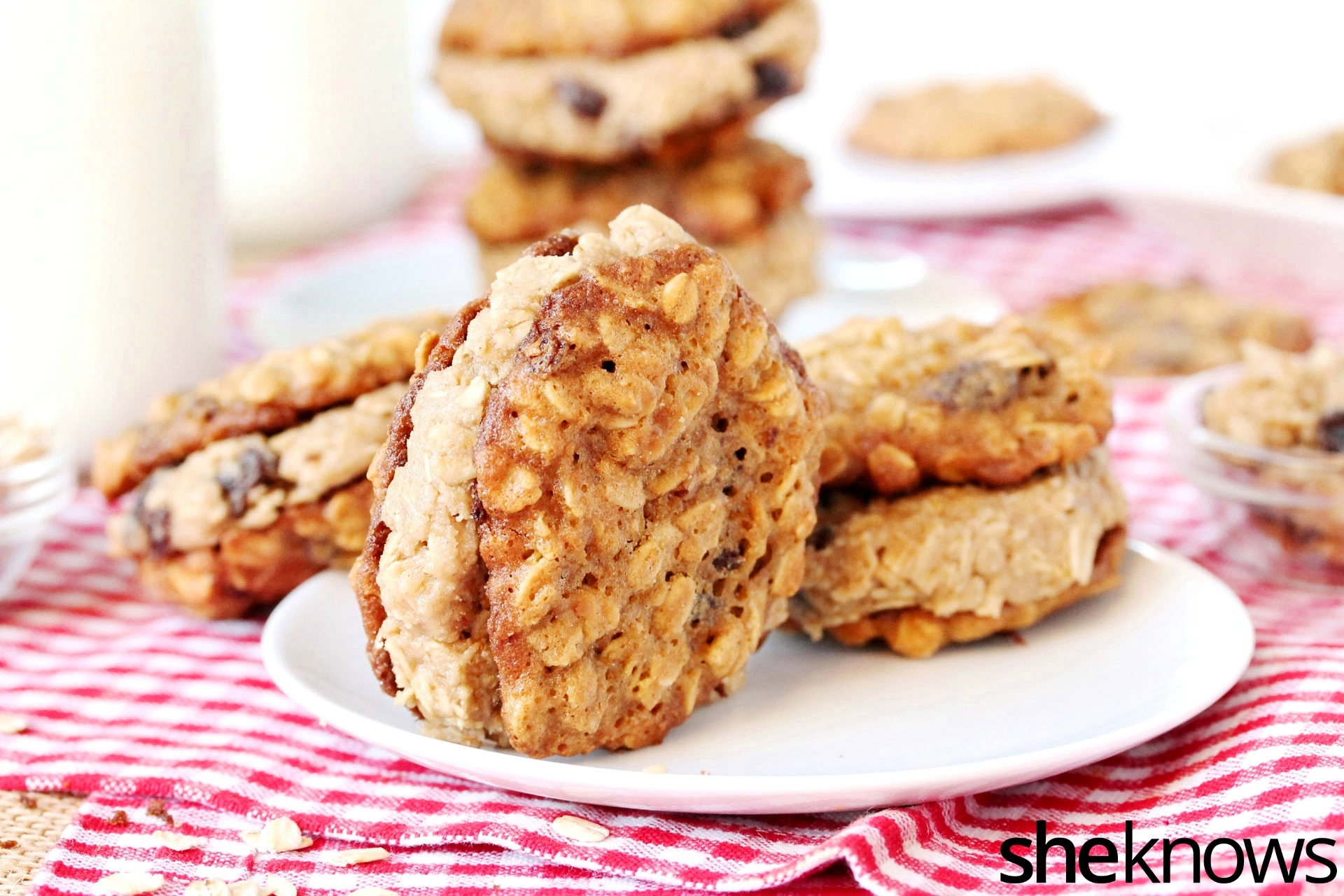 oatmeal-cookie-dough-filled-cookie