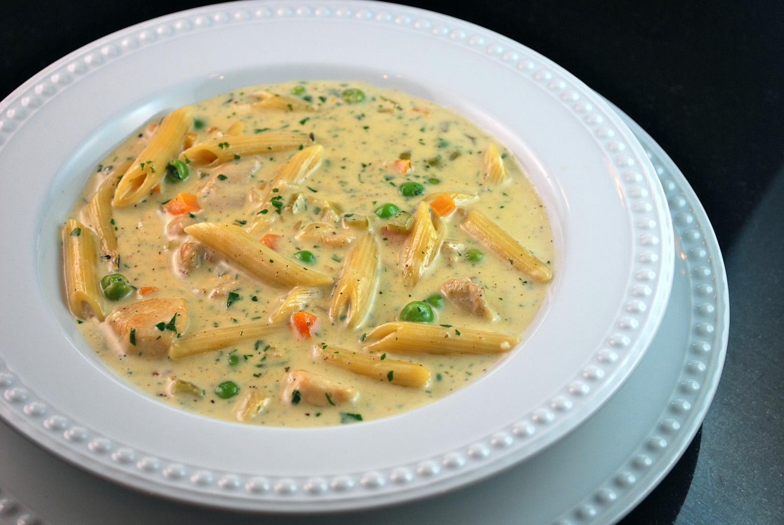 Creamy pasta chicken soup