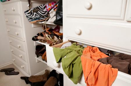 5 Fast Closet Fixes - Messy Closet