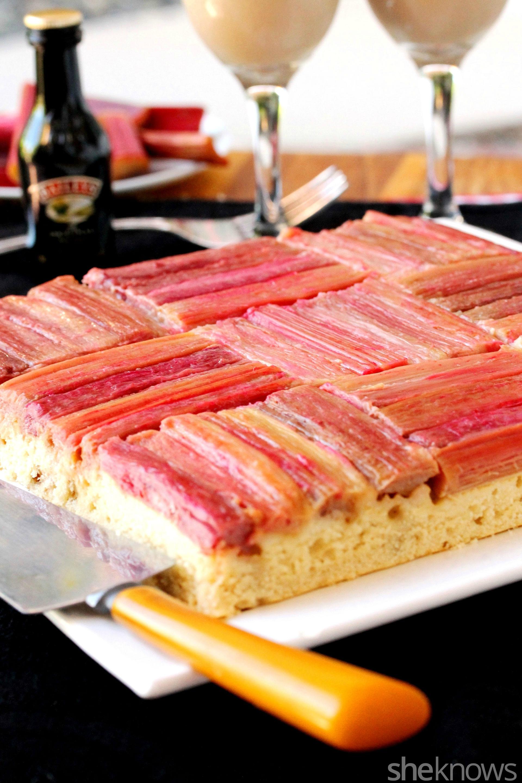 basket weave rhubarb cake