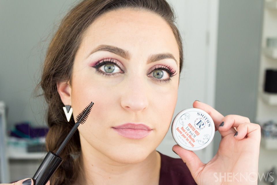6 Ways to Use a Mascara baby hair-0003